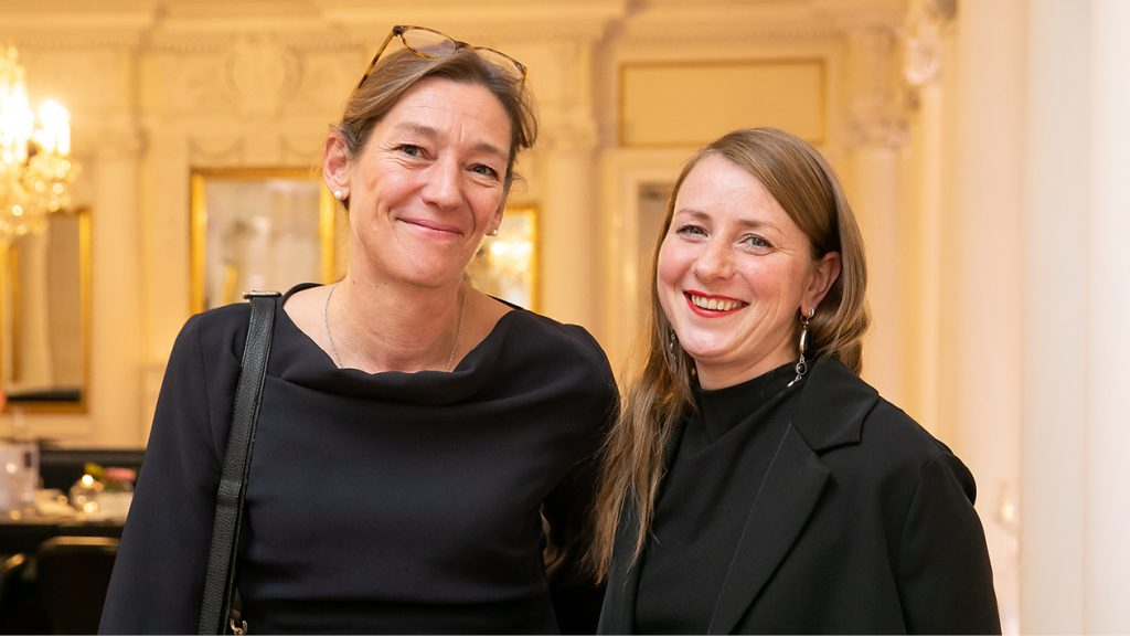 Beim Jahrestreffen des Konsular Korps Deutschland (CCD) im November 2019 in Stuttgart: Stephanie Bucksch (l.) und Simone Reiser (r.)